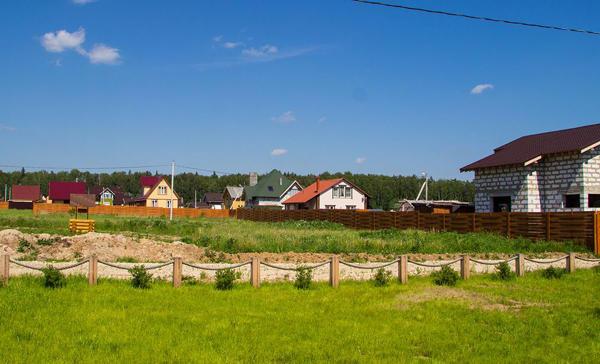 Коттеджный посёлок  «Мартьяново» по адресу Московская обл, Серпуховский р-н, Мартьяново д в 68.6км от МКАД предложения по цене от 946 000 руб.